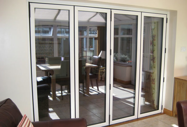 Internal bi fold doors guide folding doors 2 u for Internal folding doors systems