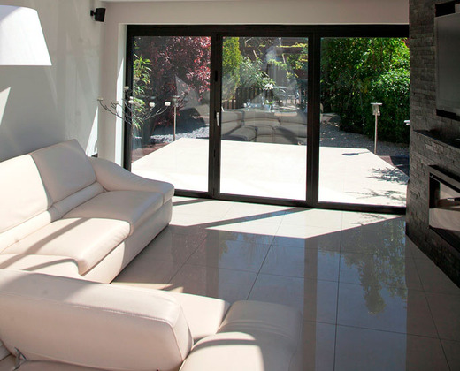 Luxury aluminium folding doors